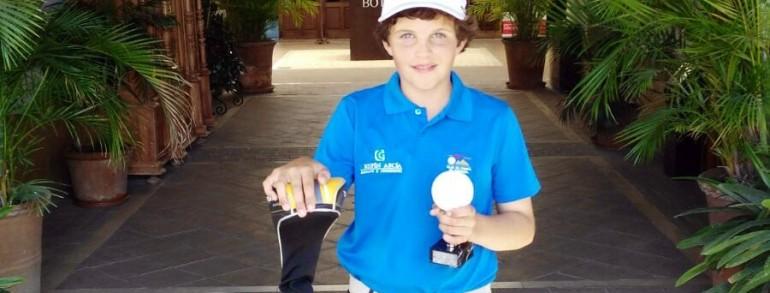 El alevín Fernando Concha logró la medalla de plata en la cuarta prueba del circuito Campbell Lamont disputada en el Sherry Golf Jerez